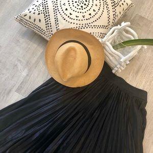 Laundry Midi black pleaded skirt